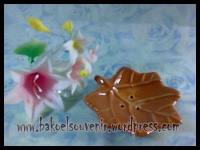 souvenir keramik-Lepek LP-13 >> Rp. 6000,-