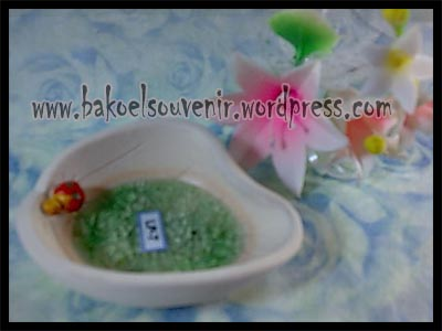 souvenir keramik-lepek LP-7 >> Rp.6300,-