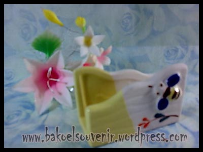 souvenir keramik-tempat kartu nama TKN-9 >> Rp. 6000,-
