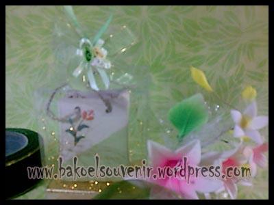 souvenir keramik-tempat tusuk gigi TG-5 packing mika >> Rp.5500,-