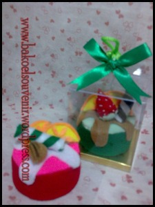 souvenir pernikahan-towel cake puding buah >> Rp.6000,-/pcs