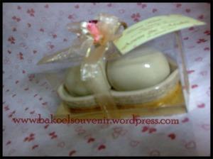 Souvenir pernikahan keramik-tempat merica kacang | Rp.8800,-/pcs