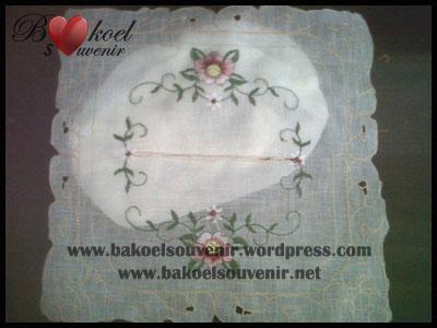 Souvenir Tempat Tissue Kain Bordir China Bakoel Menjual